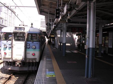 松本駅ホーム2