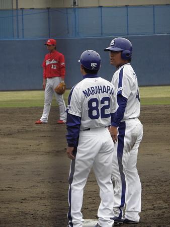 054 平田は奈良原さんにナニ言われてるのかな?