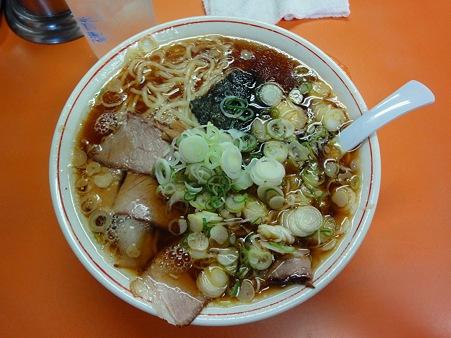 青島食堂の長岡生姜醤油ラーメン(093c)