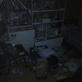 写真: 帰宅なう。あれ、部屋が散らかっているぞ。あと、今日は計画停電だっ...