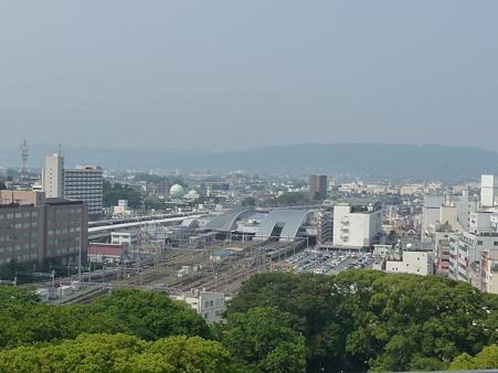 小田原城から見た小田原駅