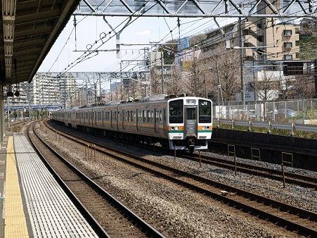 211系東海道本線(保土ヶ谷駅)1