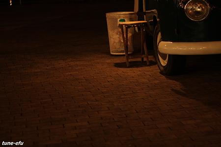 移動販売車の夜