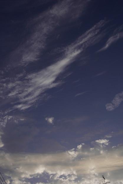 練乳色に染まる雲 001