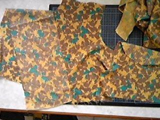 裂き編みで携帯ケース_01