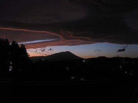 不思議な雲 1