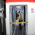 Photos: N'EX 成田エクスプレス E259系 折り返し整備中[成田空港駅]