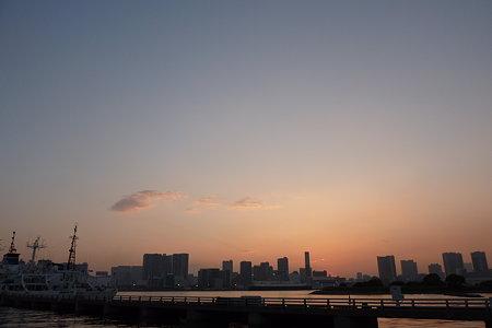 夕刻の湾景