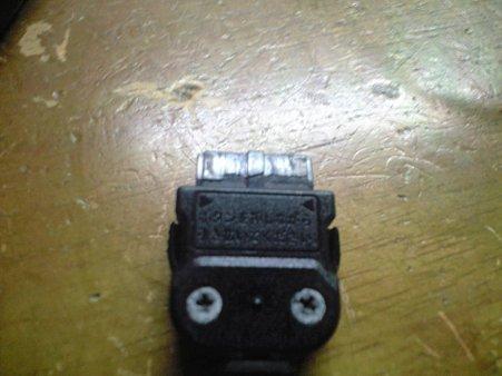 旧ACアダプター