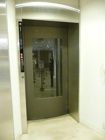 090523-エレベーター