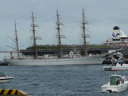 090720-大桟橋 総帆展帆 (13)