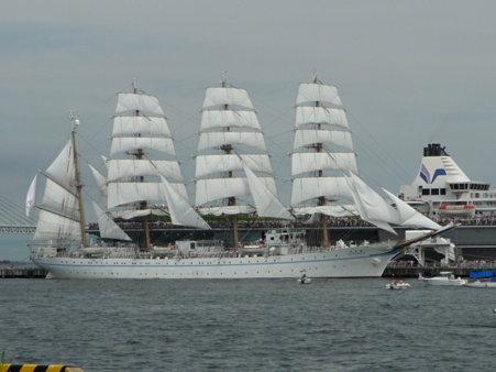 090720-大桟橋 総帆展帆 (45)