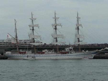 090720-大桟橋 総帆展帆 (24)