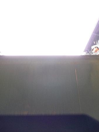 091024-ひゅうが 格納庫から船首リフター (14)