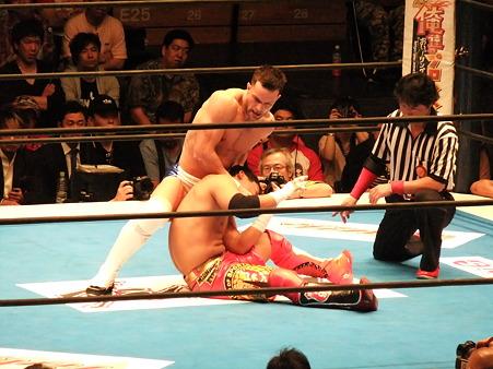 新日本プロレス BEST OF THE SUPER Jr.XIX Aブロック公式戦 プリンス・デヴィットvsKUSHIDA (3)