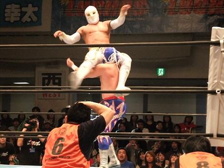 新日本プロレス CMLL 後楽園ホール 20110123 (6)