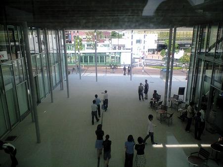 東工大蔵前会館 (Tokyo Tech Front) 2階渡り廊下