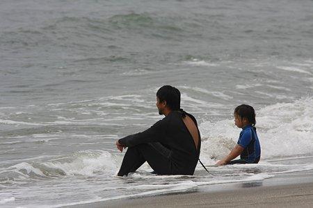 2009.06.13 七里ガ浜 surfer親子