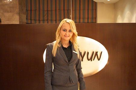 2011.01.24 トルコ コンヤ ホテルの従業員