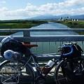 橋の上で小休止。