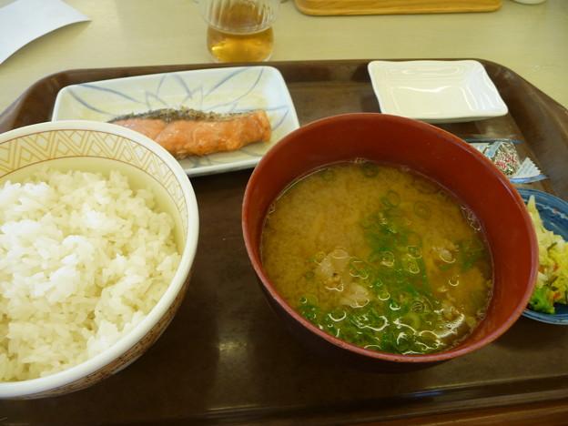 鮭味噌汁定食