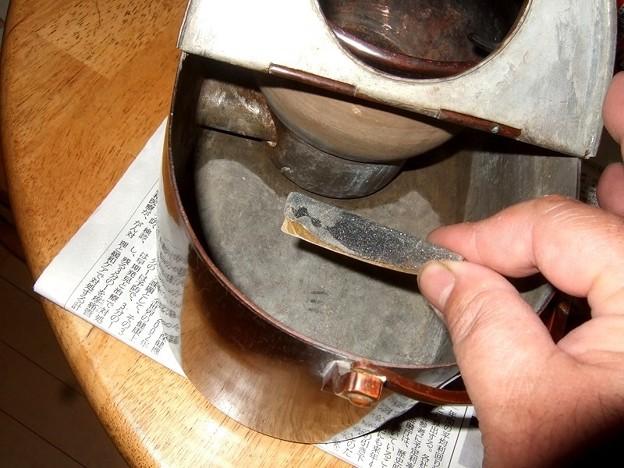 燗銅壺 補修 ペーパー準備