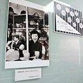 写真: 【4階芸術書売場日録】『芸術新潮』12月号「高峰秀子の旅と本棚」より...