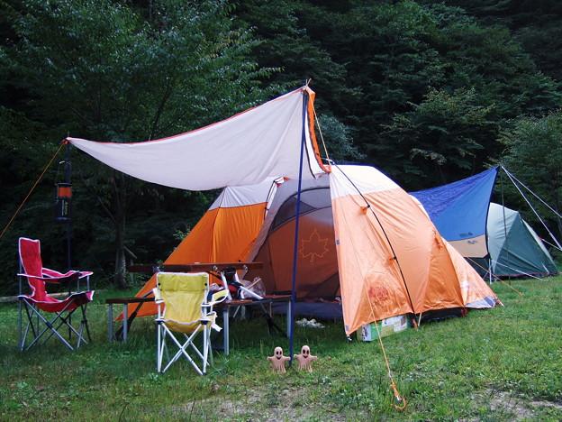 写真: テント設営完了